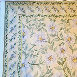Wool Floral Flat-Weave Carpet