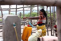 Kvůli letošním extrémním suchům El Niňo byl nedostatek vody v Etiopii kritický. Hluboké vodní vrty, jako je např. Alamtena, ale díky své hloubce odolaly. (Foto: Monika Ticháčková)
