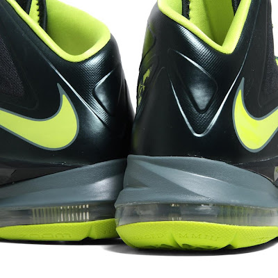 nike lebron 10 gr atomic dunkman 7 09 Detailed Look at Upcoming Nike LeBron X Atomic Dunkman