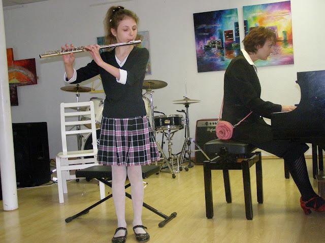 kontserdid   Ahtme linnaosa lasteaedade lastele  ja  gümnaasiumi algklasside õpilastele - P5210017.JPG