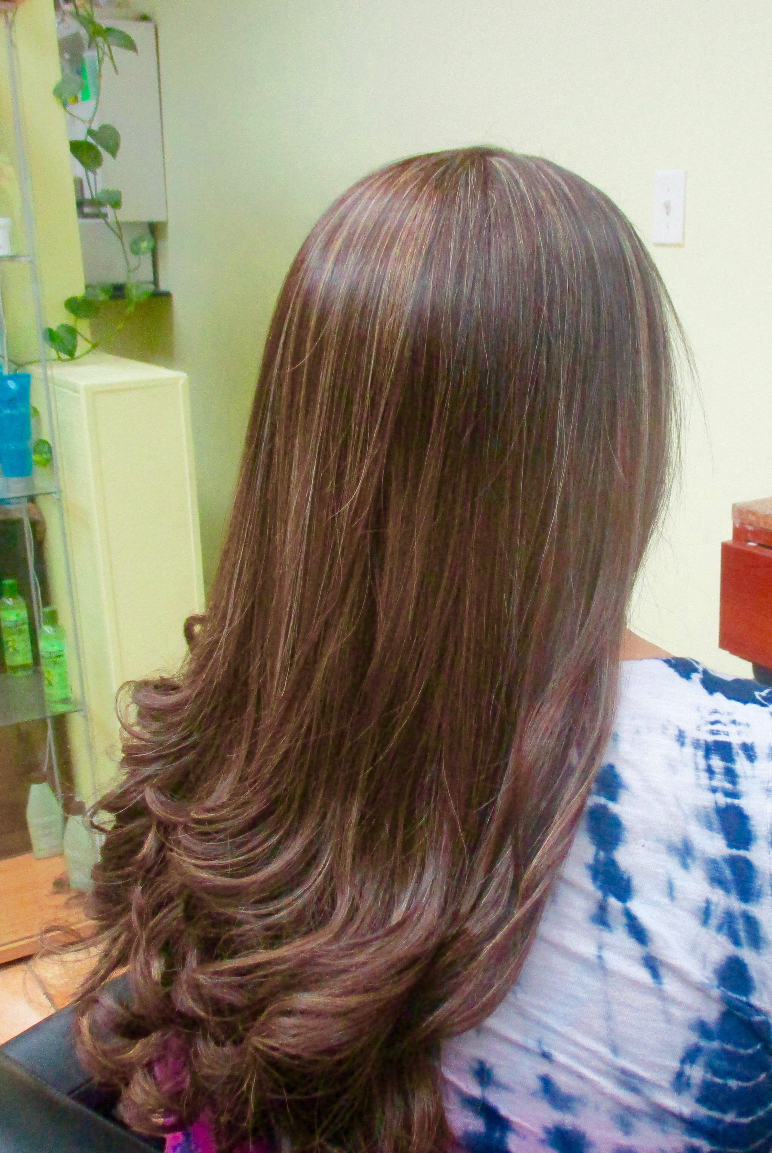 Alex Unisex Hair Salon Cut And Style For Women
