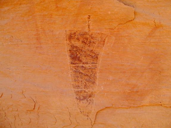 Petroglyph/pictograph combo