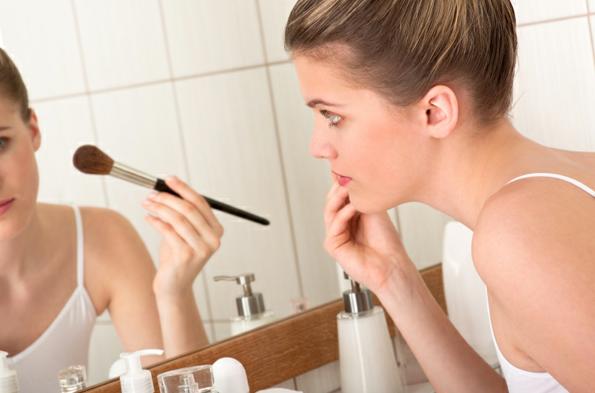 morning-makeup ব্যস্ত মেয়েদের মর্নিং মেক-আপ রুটিন