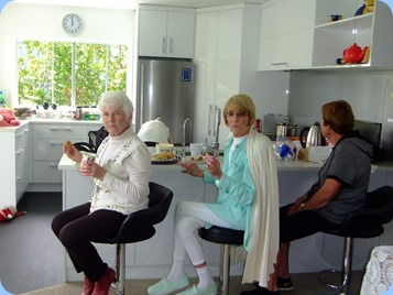 Audrey Henden, Dagmar Tennant and Yvonne Moller enjoying lunch. Photo courtesy of Dennis Lyons.