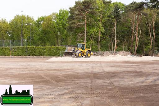 aanleg kunstgrasveld sss'18 08-05-2015 (9).jpg