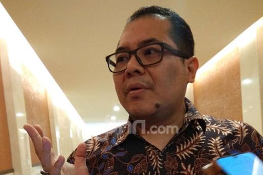 MENOHOK! Indra Sebut Pertumbuhan Guru Honorer di Indonesia ...
