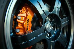 2014 Nissan GT-R Track Edition Caliper