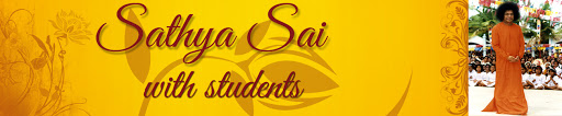 Sathya Sai with Students