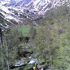 Verdi prati svizzeri e sci in spalla [MBgn]