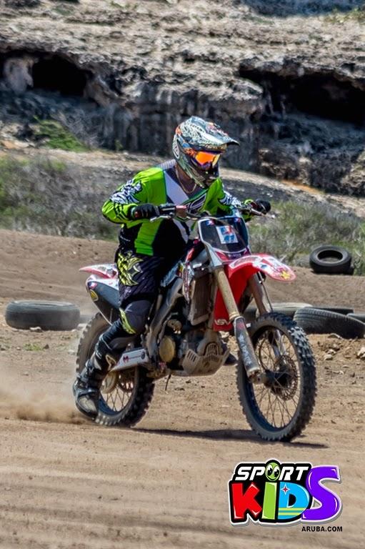 extreme motorcross Aruba - moto%2Bcross%2BGrape%2Bfiled%2BApril%2B2015-67.jpg