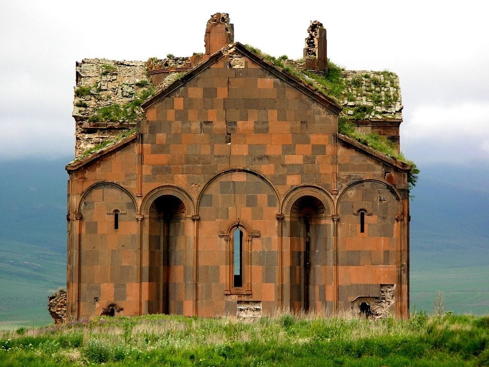 ani-ruined-churches-3