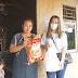 Viral! Wanita Bagi-bagi Uang dari Mobil untuk Pedagang yang Terdampak PPKM