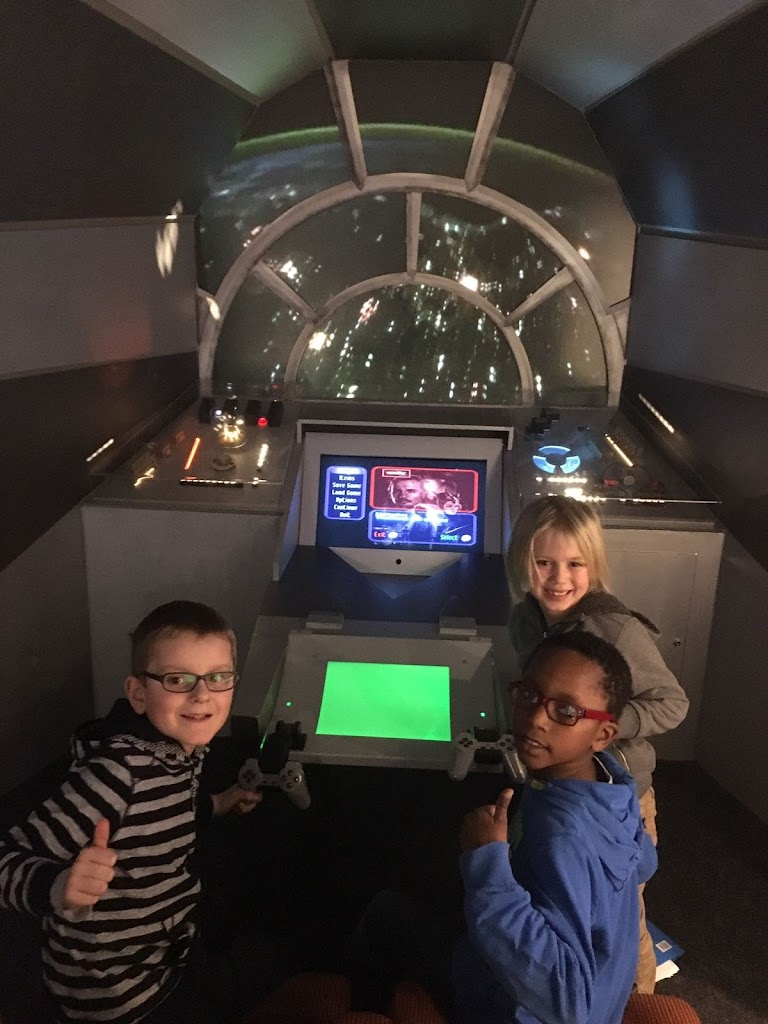 De Knetters gaan naar het speelgoedmuseum - IMG_5824.JPG