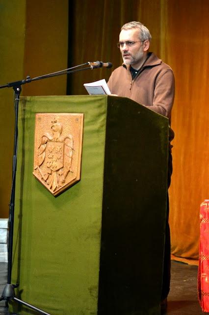 055 Avva Justin Parvu si Sfintii inchisorilor (Teatrul Luceafarul, Iasi, 2014.03.19)