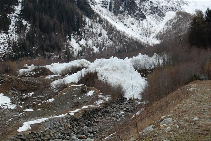 Avalanche Mont Blanc, secteur Glacier de Taconnaz, Système paravalanche de Taconnaz - Photo 1 - © Presse Dauphiné Libéré