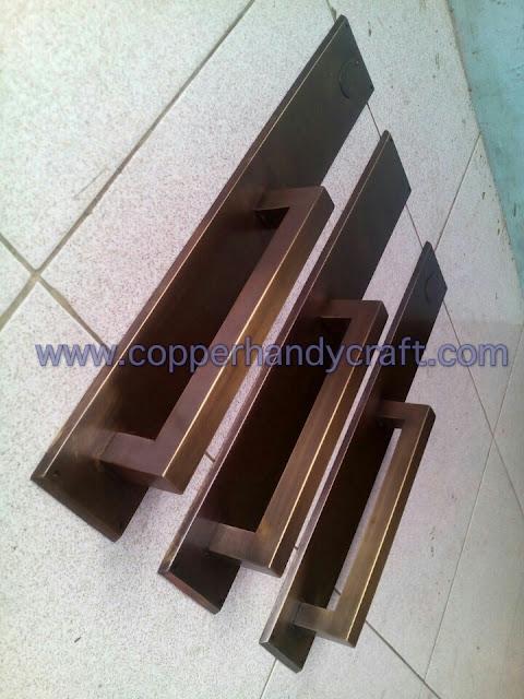 kerajinan-handle-pintu-tembaga-kuningan-minimalis