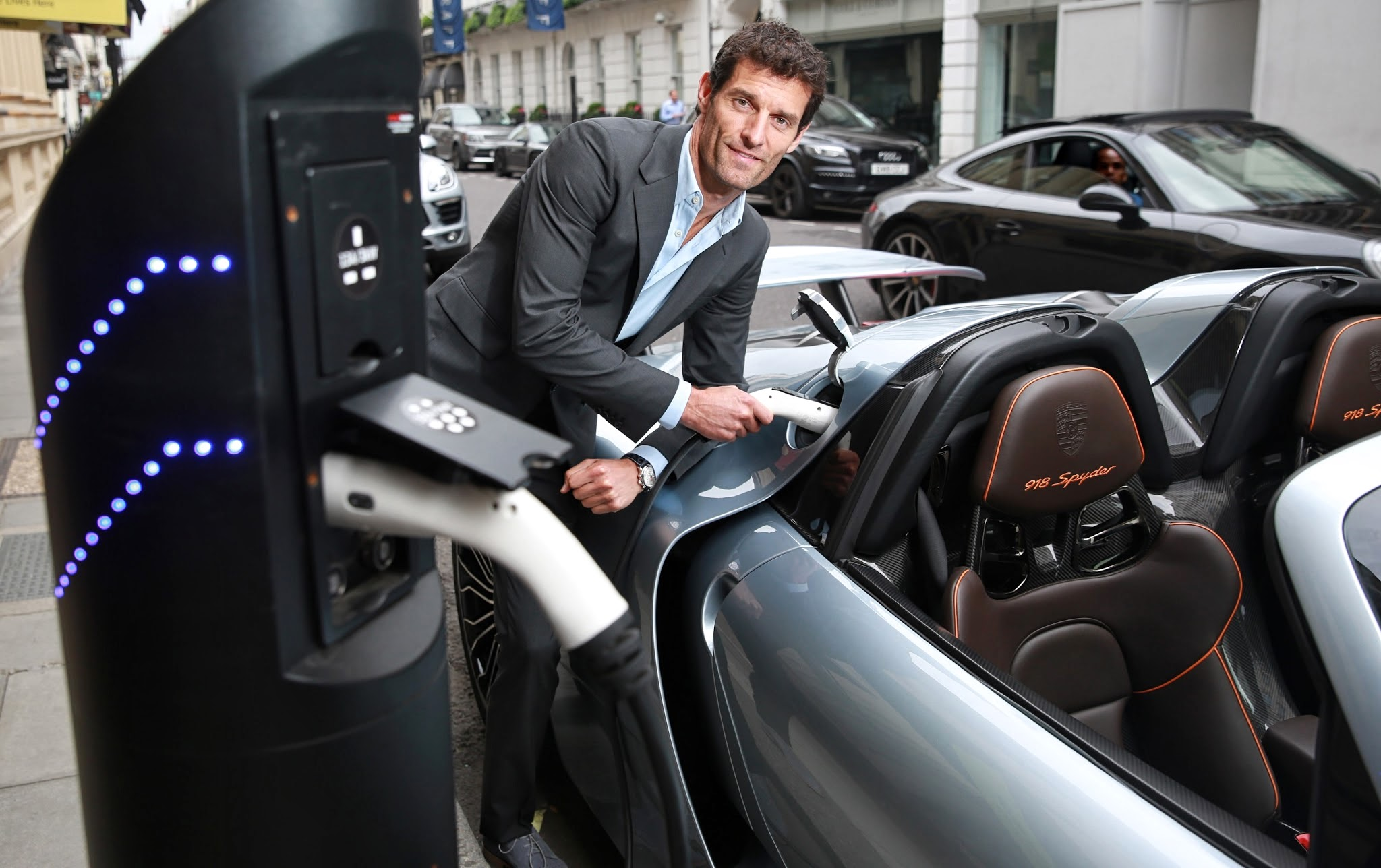 Porsche_Works_Le_Mans_driver_Mark_Webber_recharges_the_Porsche_918_Spyder_in_London Marvelous Porsche 918 Spyder Mark Webber Cars Trend