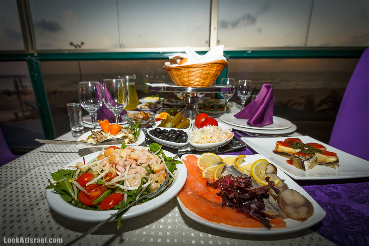 Ресторан Конкорд, Ашдод   Concord restaurant, Ashdod   LookAtIsrael.com - Фото путешествия по Израилю