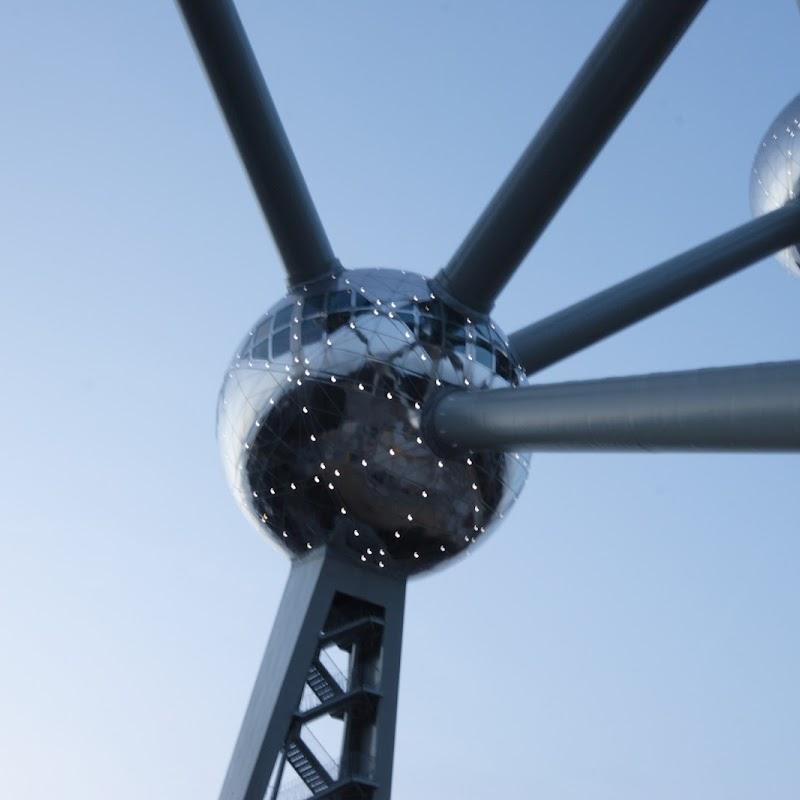Brussels_099 Dusky Atomium.jpg