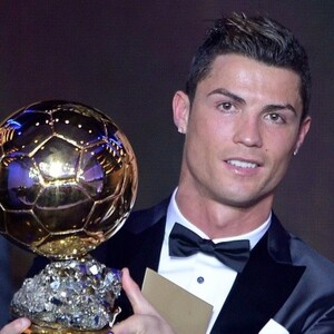 How Much Money Does Cristiano Ronaldo Make? Latest Net Worth Income Salary