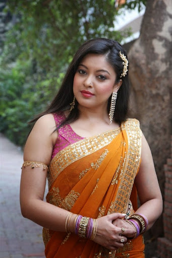 Tanushree Dutta Nude Photos 73