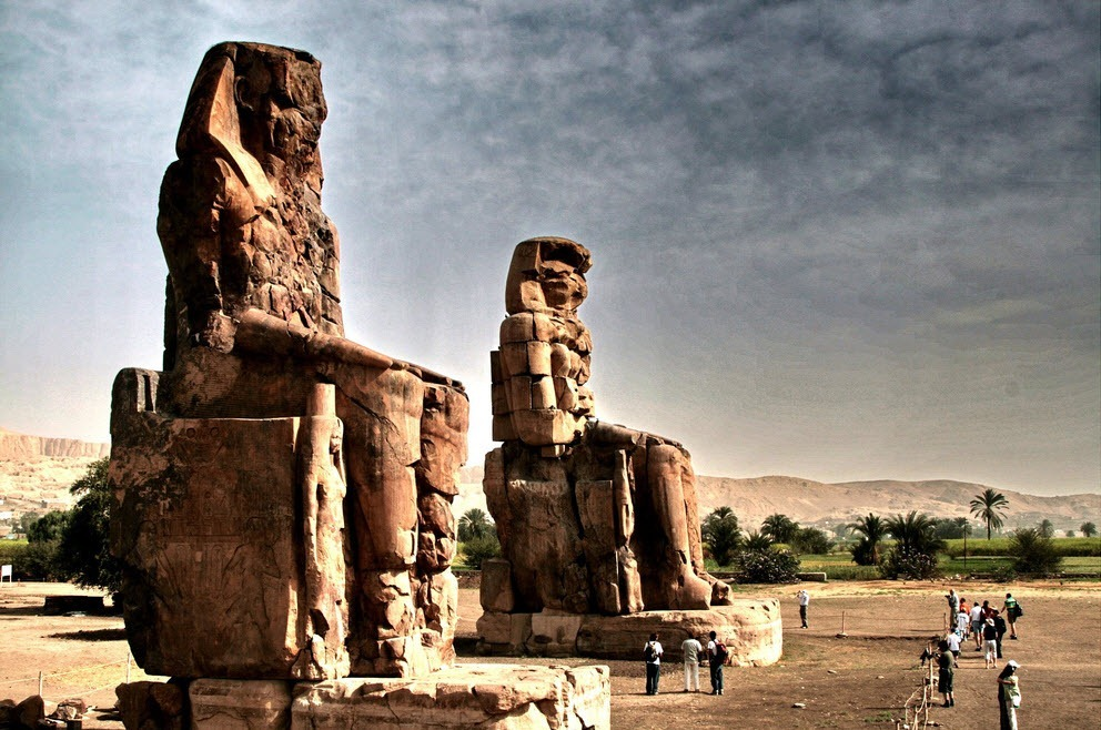 colossi-of-memnon-2