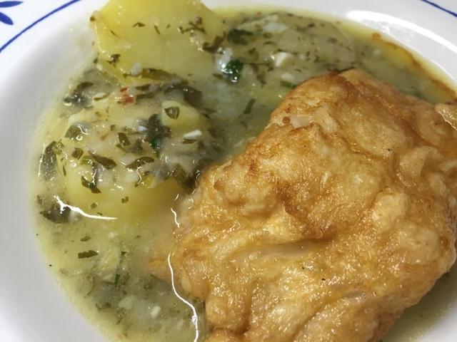 Bacalao Fresco Con Patatas En Salsa Verde.