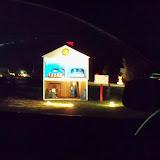 Visiting Santa - 115_9115.JPG