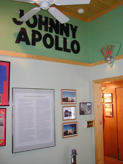 Orchard Lake Museum Tour 2006 - mvecinemaapollo.JPG