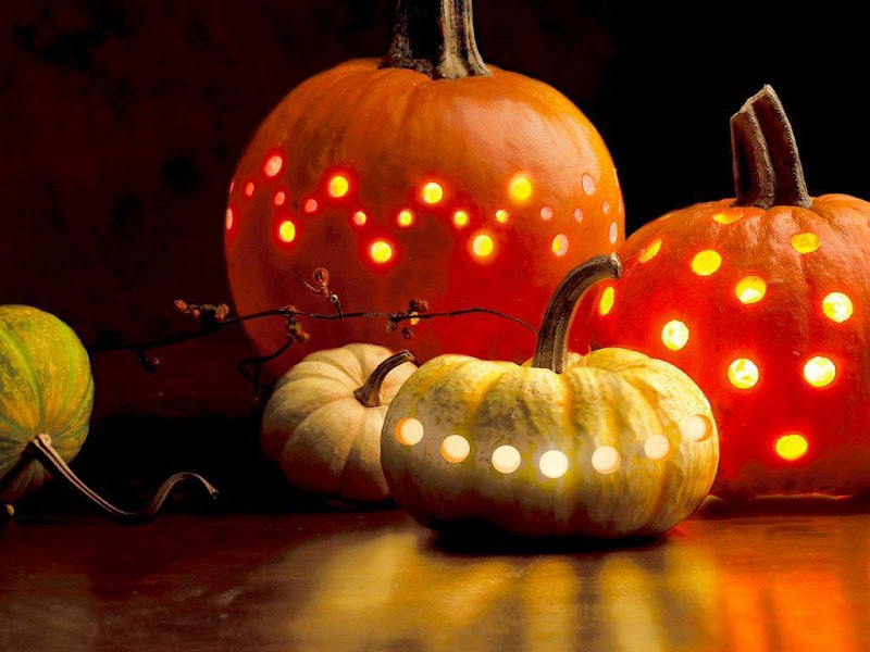 Halloween Beeds, Halloween