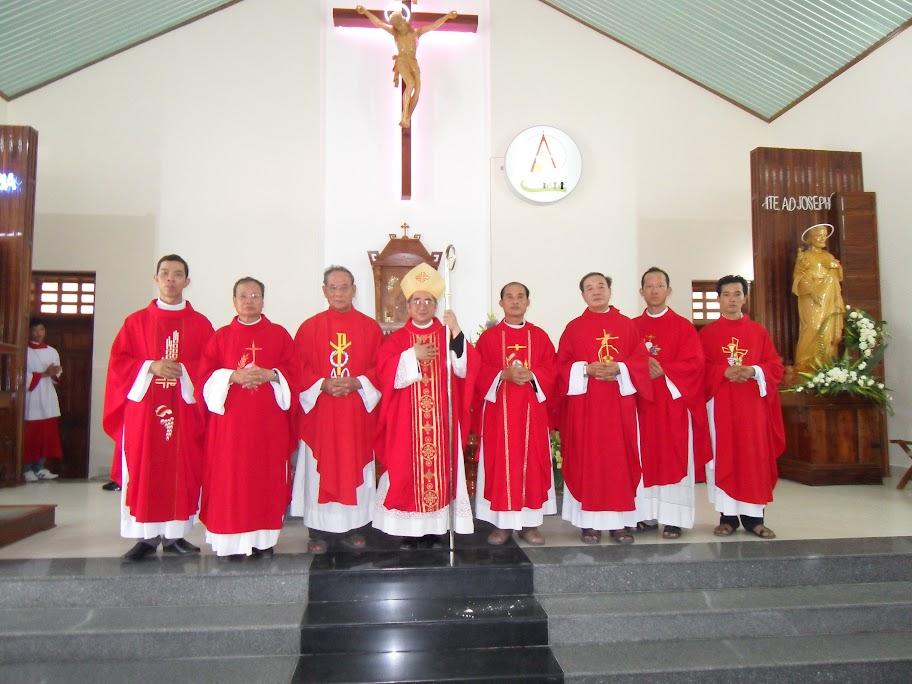 Hình ảnh thánh lễ mừng kính thánh Phêrô & Phaolô tại Giaó xứ Hòn Khói