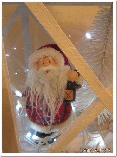 Large wooden Lantern Christmas scene 2