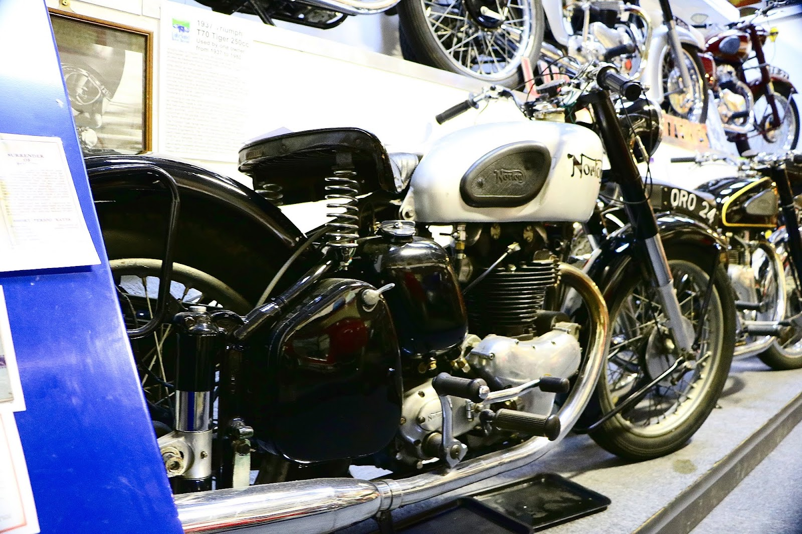 1952 Norton Model 7 500cc.jpg