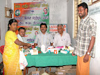 Janar, Gopi, KV.Krishnamoorthi of Madurai Charitable Trust (MCT) and Gopal at the medicine distribution desk :: Date: May 15, 2007, 6:27 AMNumber of Comments on Photo:0View Photo