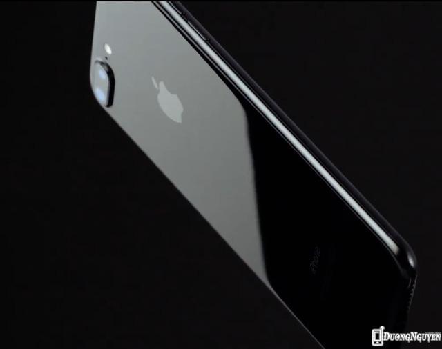 Màu đen bóng mới, chỉ có trên iPhone 7.