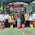 Ratusan Paket Sembako di Berikan Kepada Anak Yatim dan Duafa Oleh Relawan Satria Kecamatan Karang Tengah