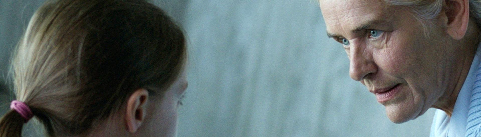 Baner filmu 'Obce Niebo'