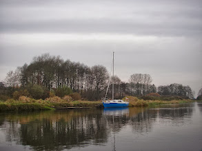 Photo: Coś pływającego na wodzie jeszcze jest