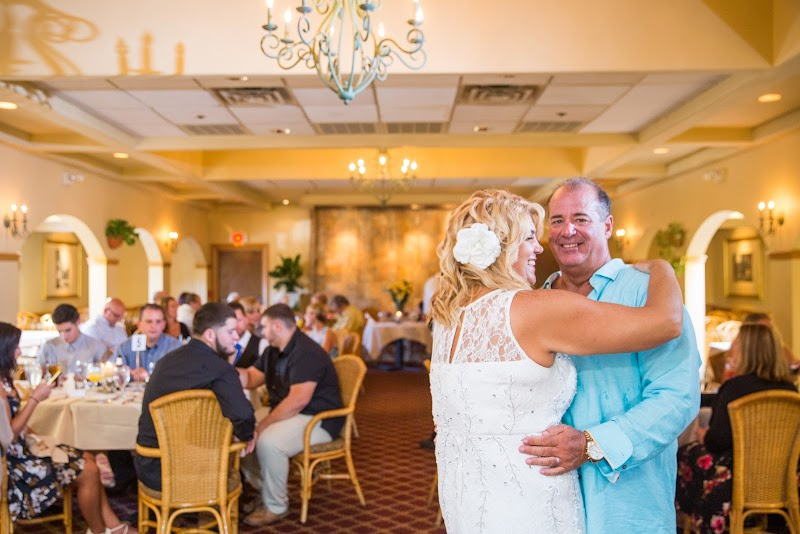 Debra and Tom - Blueflash Photography 134.jpg