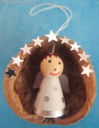 [walnut+shell+ornaments+Christmas+Angel%5B7%5D]