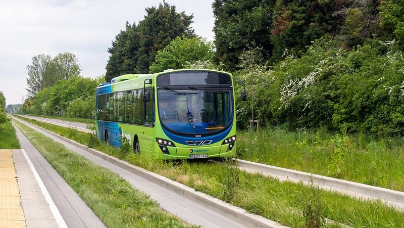 cambridgeshire-guided-busway-2