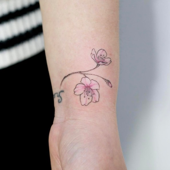esta_flor_de_cerejeira_pulso_de_tatuagem