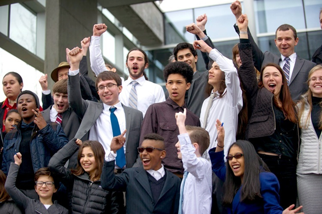 The youth plaintiffs after the hearing on 8 April 2016 in Eugene, Oregon. U.S. Magistrate Judge Thomas Coffin of the Federal District Court in Eugene, Oregon, decided in favor of 21 young plaintiffs in their landmark constitutional climate change case against the federal government. Photo: Our Children's Trust