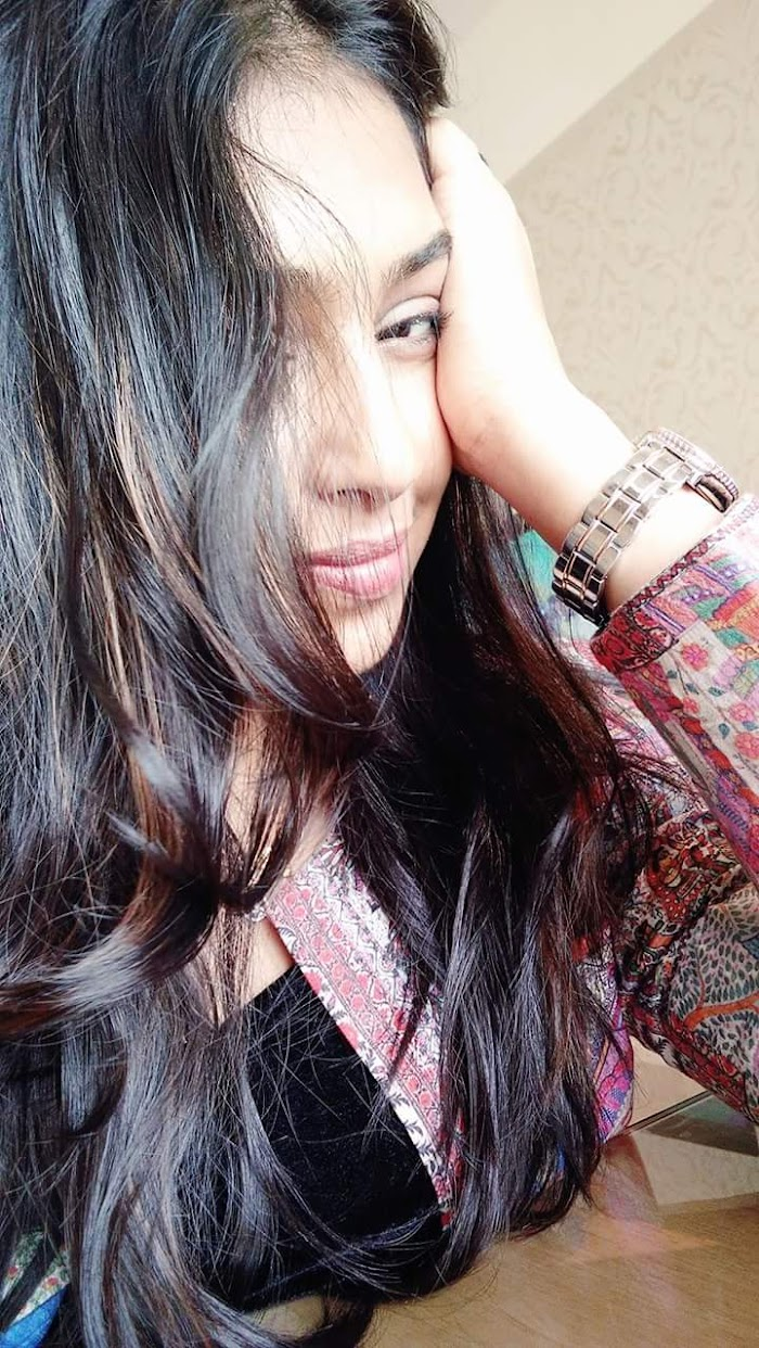 Lakshmi Menon hot selfie stills really mismarise U