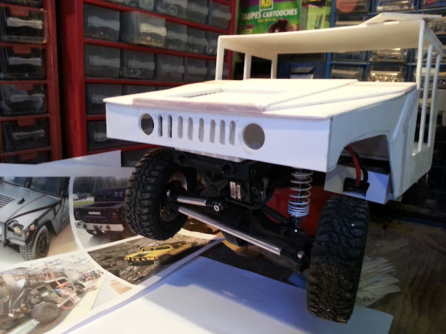AXIAL SCX10 Hummer H1 Full styrene devient Full Zinc 20130501_153304