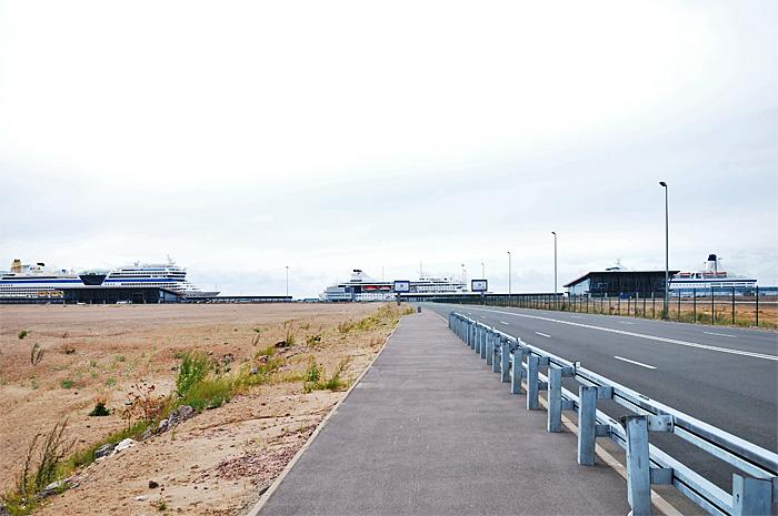 FerryHelsinki03.JPG