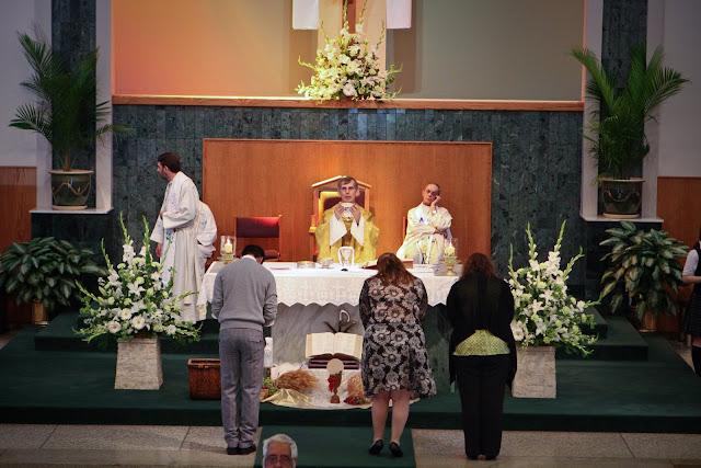 OLOS Children 1st Communion 2009 - IMG_3107.JPG