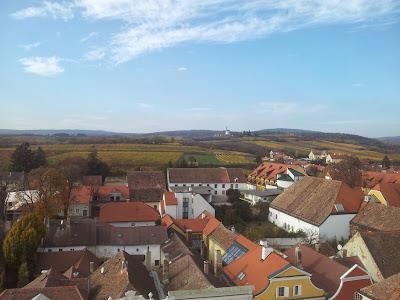 Blick vom Rathausturm zur Windmühle