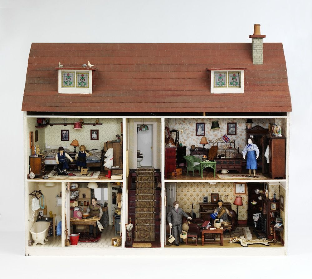 small-stories-dollhouse-9