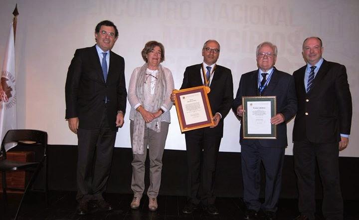 Associação dos Municípios com Centro Histórico atribui Ouro a Francisco Lopes